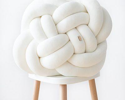 poduszka-supelek-pokoj-dzieciecy