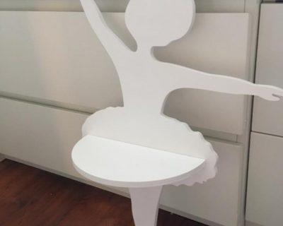 polka-dzieciecy-pokoj-baletnica