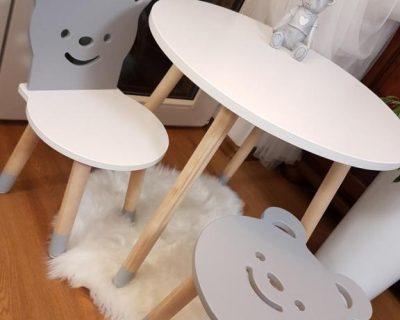 okrągly dziecięcy stolik