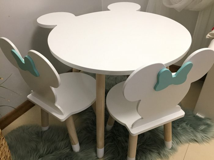 stolik dziecięcy myszka