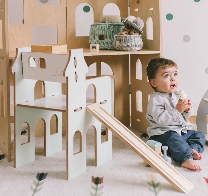 drewniane krzesełko dla dzieci